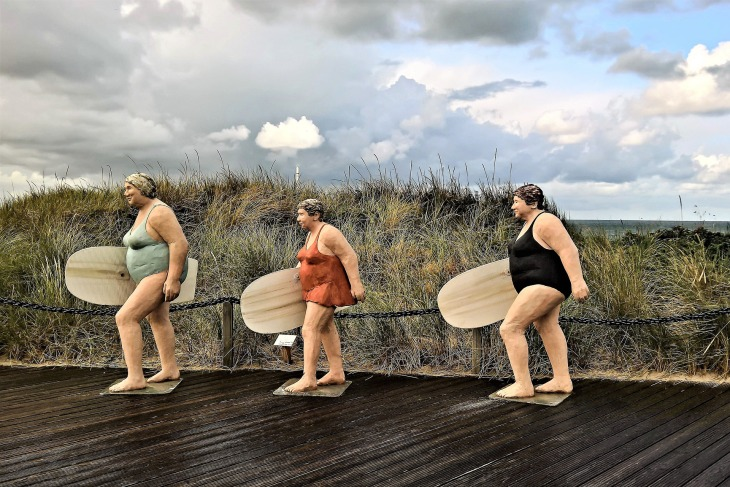 surfingwomen